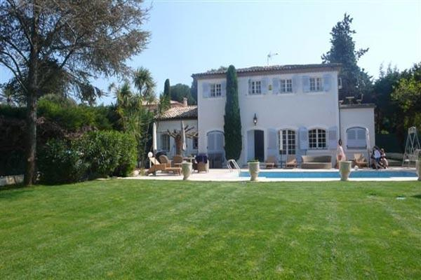 Lovely 6 Bedroom Villa, Steps from the Sea at Cap d'Antibes - Image 1 - Antibes - rentals