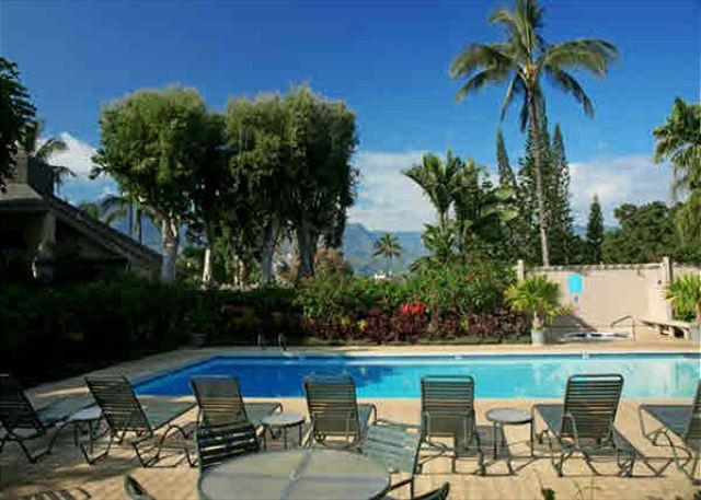 15% off available fall dates!! Pali Ke Kua #13 with Garden Views - Image 1 - Princeville - rentals