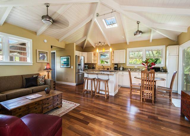 10% off available summer dates! In Heart of Hanalei, Short Walk to the beach! - Image 1 - Hanalei - rentals
