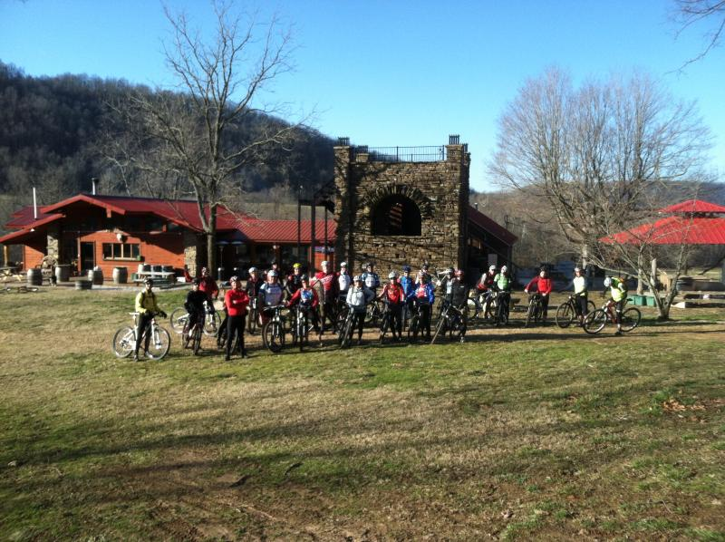 A group of cyclists about to ride the legendary Hazel Valley Gran Prix. - The Lodge at Hazel Valley Ranch - Fayetteville - rentals