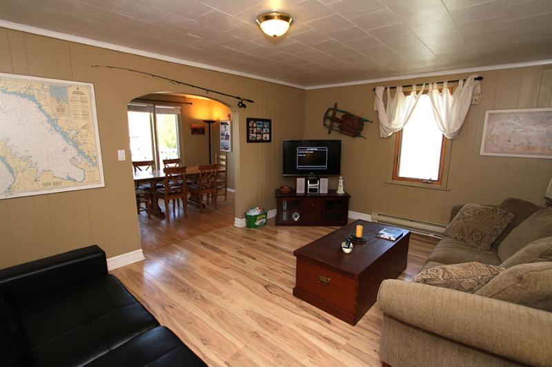 Lions Den cottage (#751) - Image 1 - Lions Head - rentals