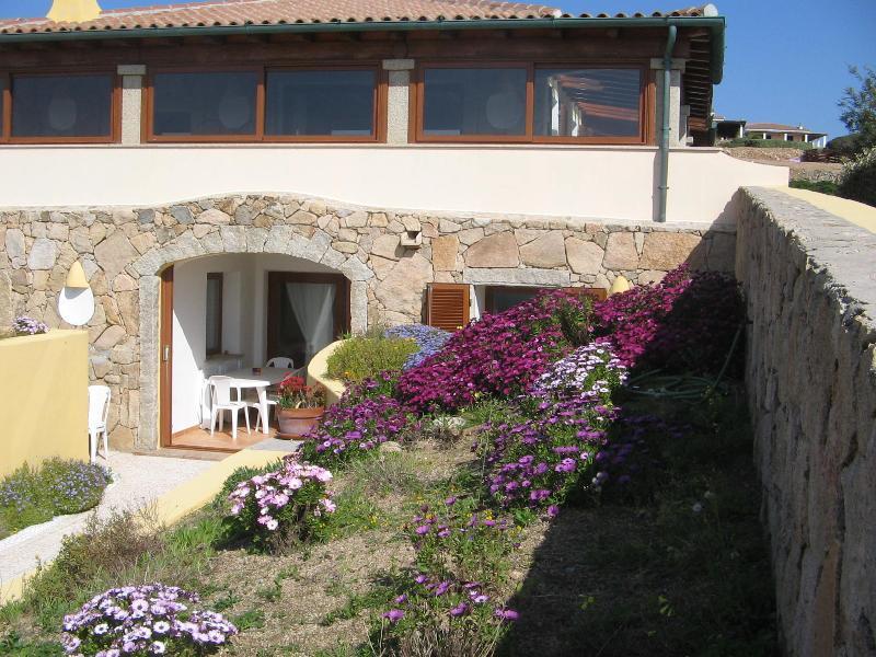 entrance in may - Seaview apartment in splendid villa in exclusive q - Santa Teresa di Gallura - rentals
