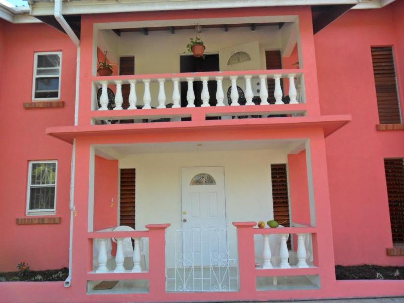 Apt.5 - Upper Level - Center - Christ Church - Gentle Breeze Apartments - Apt.#5 - Worthing - rentals