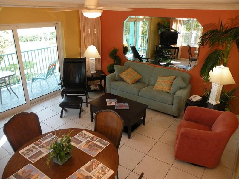 Beautifully decorated 2 bedroom on the ocean! - Image 1 - Treasure Island - rentals