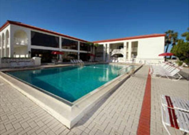 Very Nice 2 Bedroom and Ground Floor - Image 1 - Fort Walton Beach - rentals