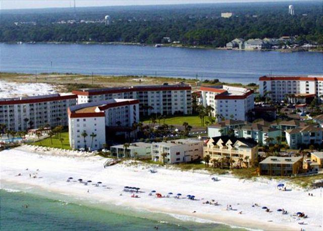 Have two couples? This two bedroom unit is perfect for you. - Image 1 - Fort Walton Beach - rentals