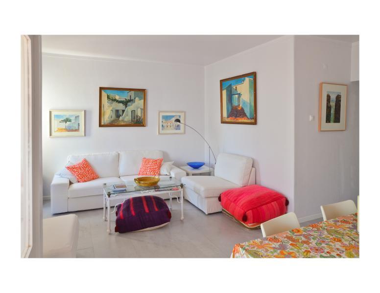 Algarve beach front apartm. w/ balcony ** WiFi ** - Image 1 - Armação de Pêra - rentals