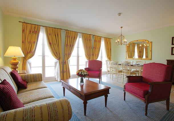 LIVING ROOM - Villa Close To Disneyland Paris - Chessy - rentals