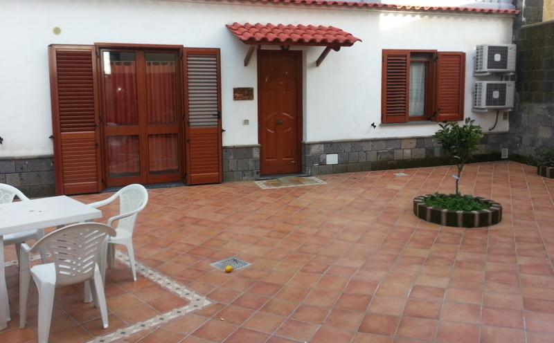 holiday house  accommodation A\ Cond. 6 beds Sorrento coast - Image 1 - Massa Lubrense - rentals