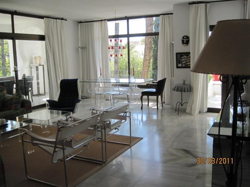 2 Bedroom La Alcazaba 2331 - Image 1 - Marbella - rentals