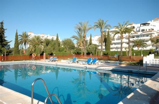 2 bed Puerto Banus Malambo - Image 1 - Marbella - rentals