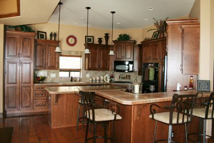 Great Kitchen with Double Oven and Cooking Appliances/Pots/Pans/Knifes/Etc. - Large Family Home in Northern AZ - Prescott Valley - rentals