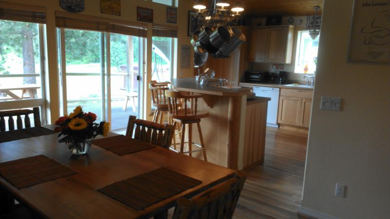 Open and bright. - 2BD Private Ranch House on 10 acres. - Coeur d'Alene - rentals