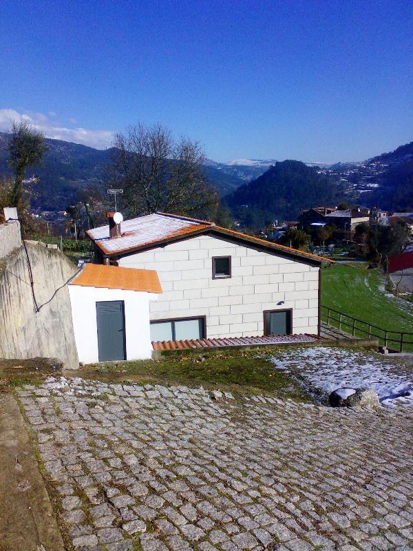 Hollydays House in Geres - Image 1 - Terras de Bouro - rentals