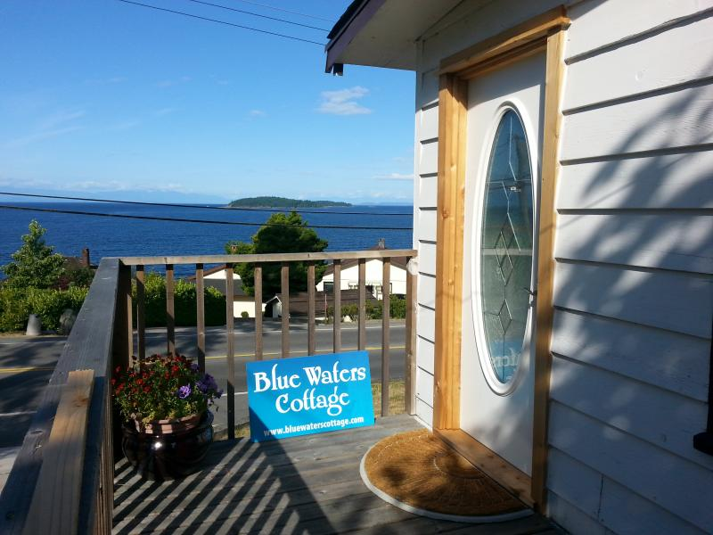 Entry to Blue Waters Cottage - Blue Waters Cottage - Hot Tub, Million $ View! - Sechelt - rentals