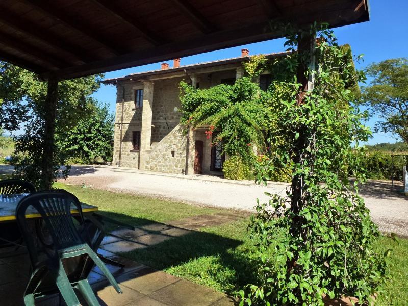 Brufa Entrance - BRUFA apartment with pool at I MORI GELSI, Assisi - Torgiano - rentals