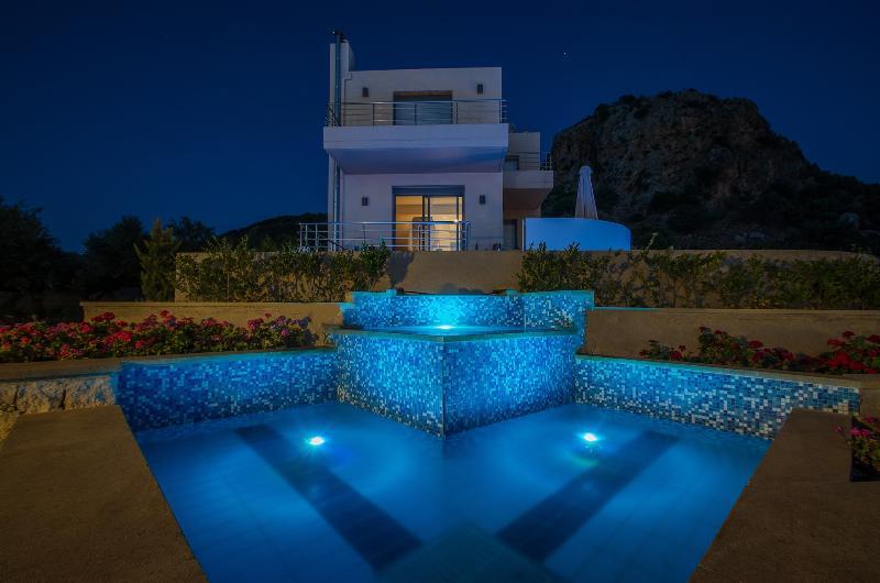 Night view of Villa Sirocco - Anemon Villas - Villa Sirocco - Chania - rentals