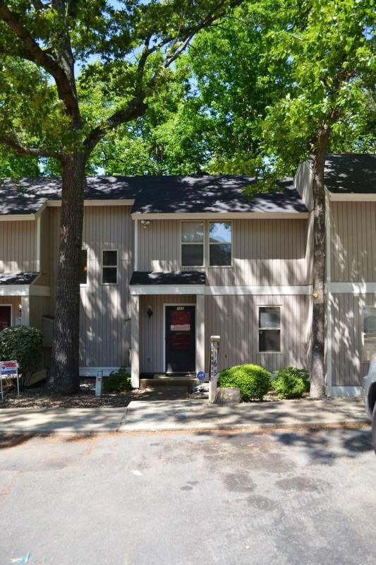 Front - 165CordLn | DeSoto Courts | Townhome | Sleeps 5 - Hot Springs Village - rentals