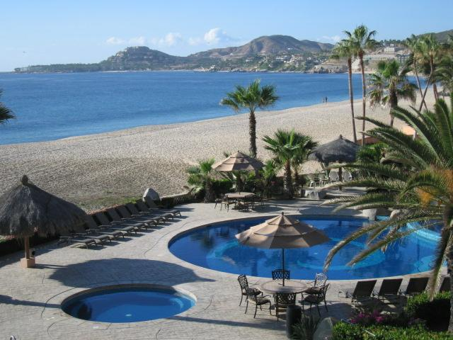 Pool and beach view - El Zalate 5 Star v2 303 2b/2b  Beach Front condo - San Jose Del Cabo - rentals