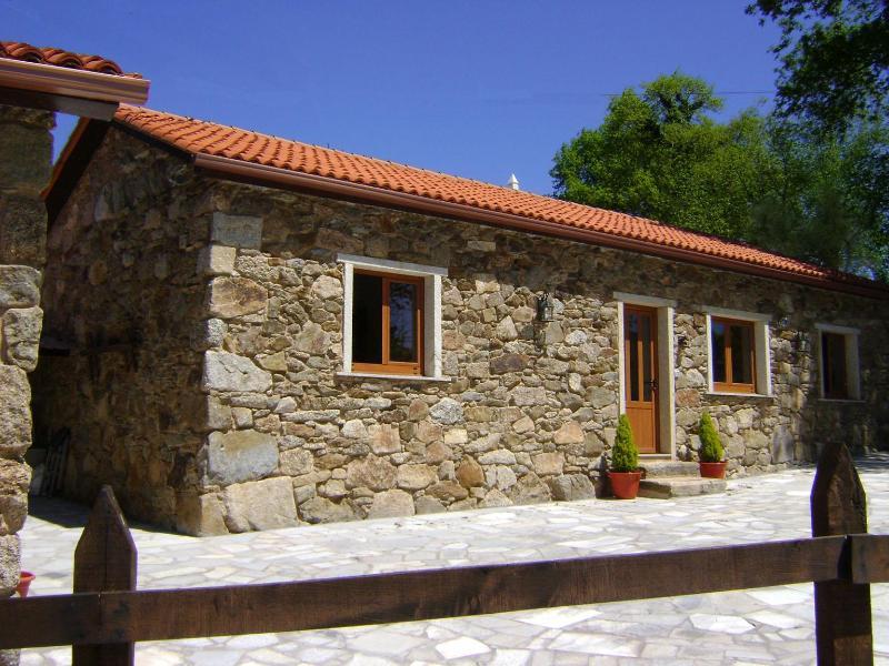 Countryside Holiday Cottage - Image 1 - Vilarino - rentals