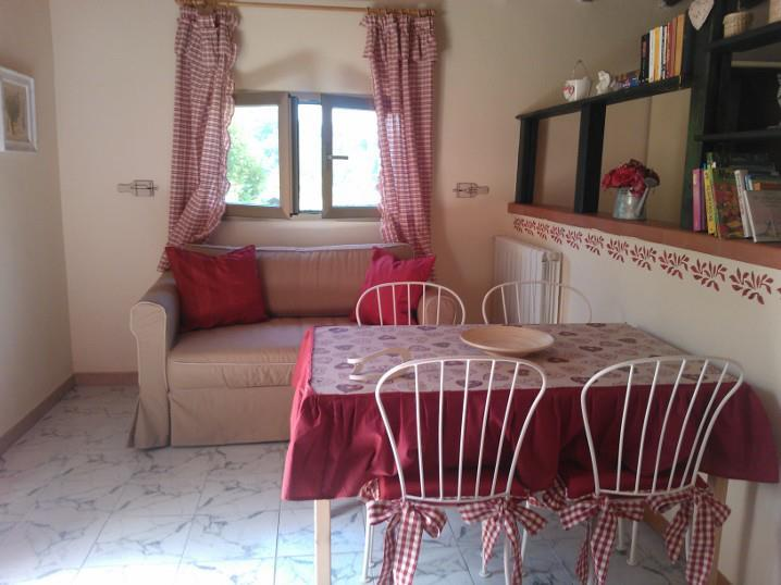 Casetta Siena - 10 km from the sea in an oasis of peace with pool - Montescudaio - rentals
