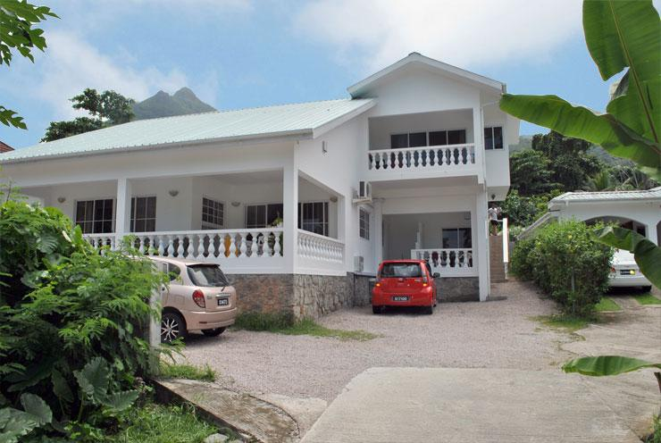 Rows Villa: Large Downstairs Apt - Image 1 - Seychelles - rentals