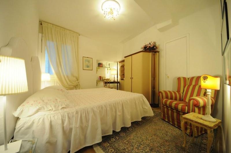 Mamo Charming Apartmen Close to Duomo Square - Image 1 - Florence - rentals