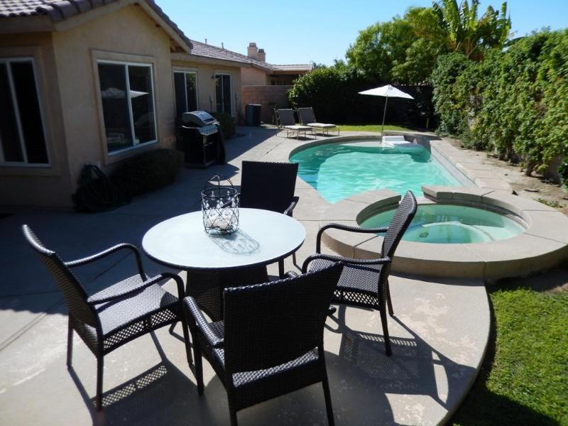 Pool Deck & Spa - FANTASTIC  PRIVATE VACATION HOUSE IN THE BEST LOCATION (LA QUINTA) - La Quinta - rentals