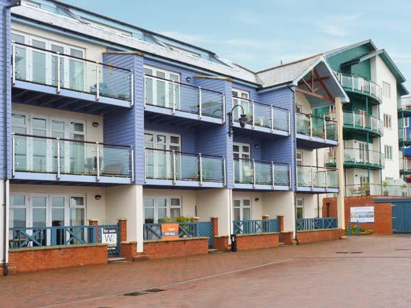 20 MADISON WHARF, first floor apartment, balcony, sea views, parking, in Exmouth, Ref 24057 - Image 1 - Exmouth - rentals