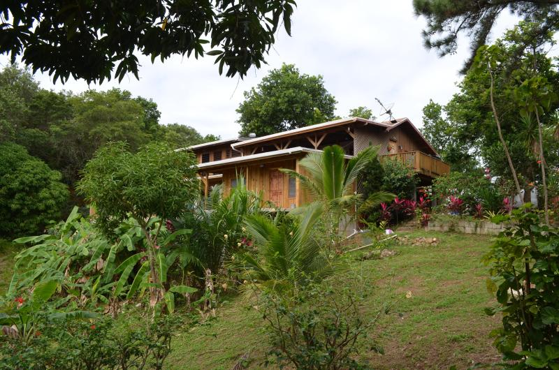 Peace and tranquility away from it all - Lost Moose Guest House B&B - Honduras - rentals