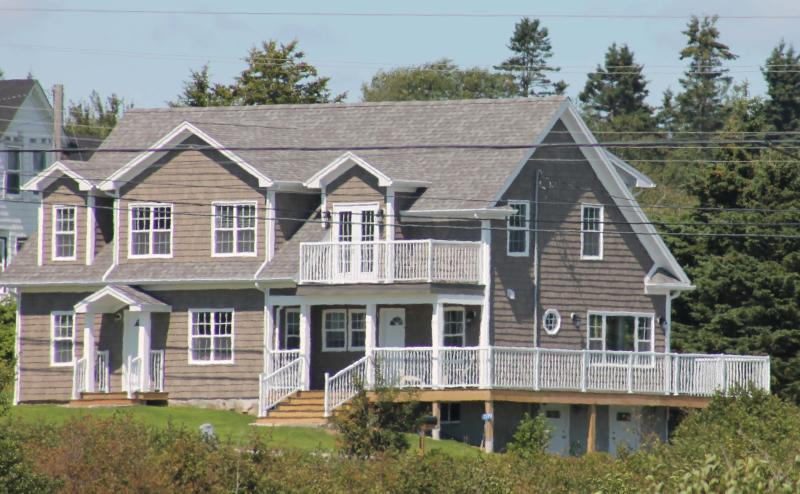 The Sandpiper's Cape Cod design - The Sandpiper   - Ocean view in quality accomodation - Nova Scotia - rentals