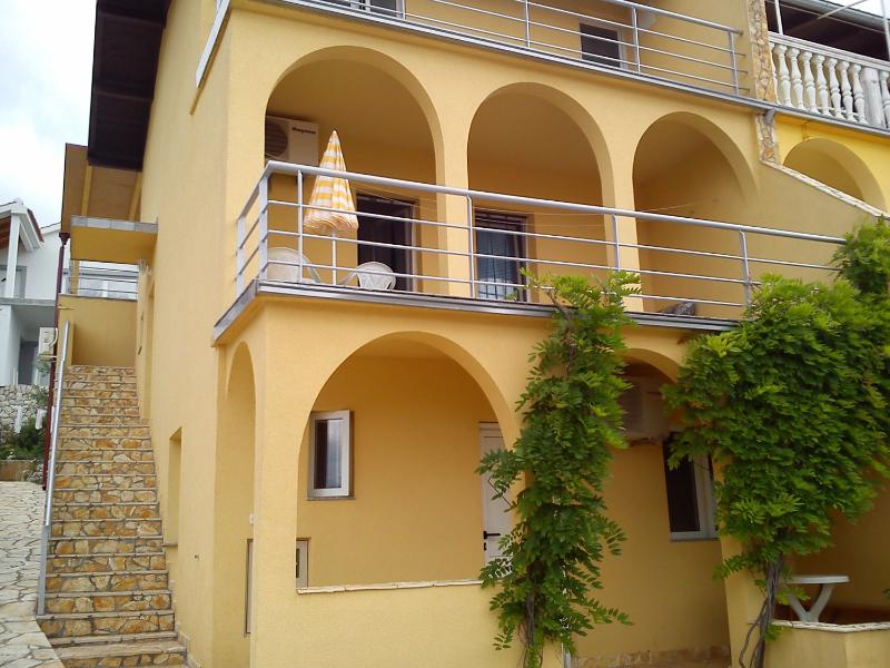 Apartment by the smallest sea in the world - Image 1 - Gornji Karin - rentals