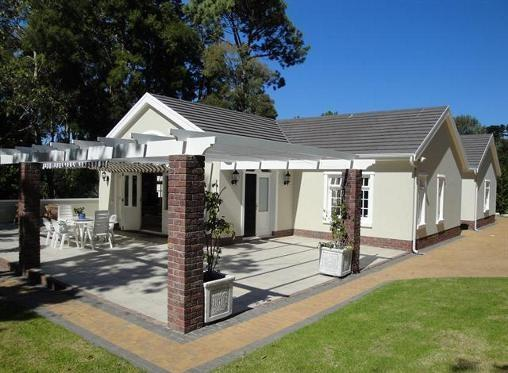 Wonderfully designed guest house nestled in large 2 acre gardens - Upper Constantia Guest House - Constantia - rentals