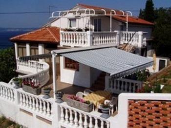 House, terrace side - App.for 6 persons, Novi Vinodolski - Novi Vinodolski - rentals