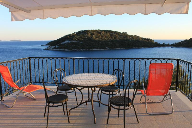 Gorgeous Sea View Apartment On The Adriatic Coast - Image 1 - Blato - rentals
