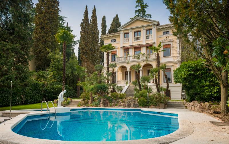 Villa Vittoria - Villa Vittoria Luxury Accommodation - Gardone Riviera - rentals