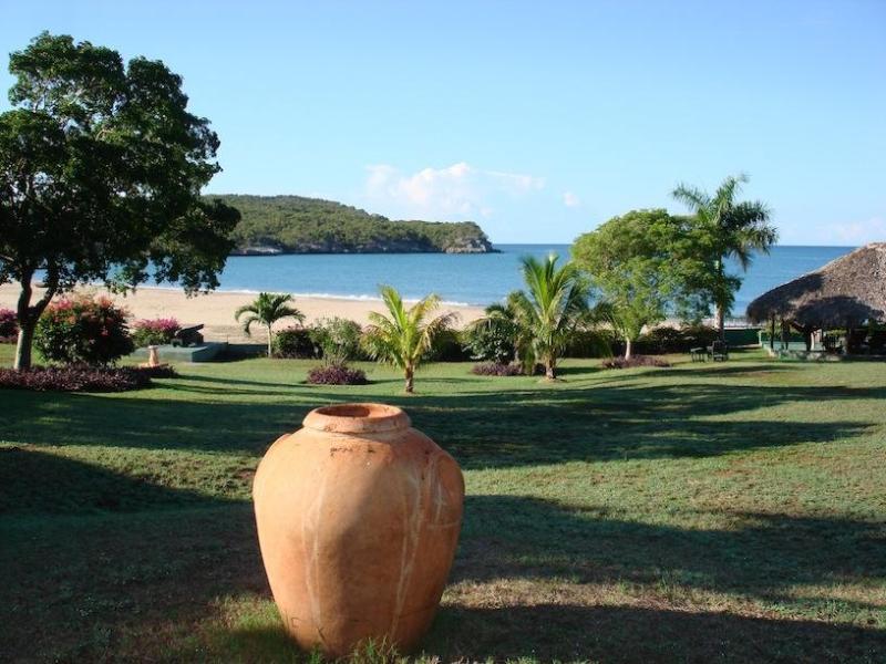 Beach Views - Blue Marlin Beach House - Treasure Beach - rentals