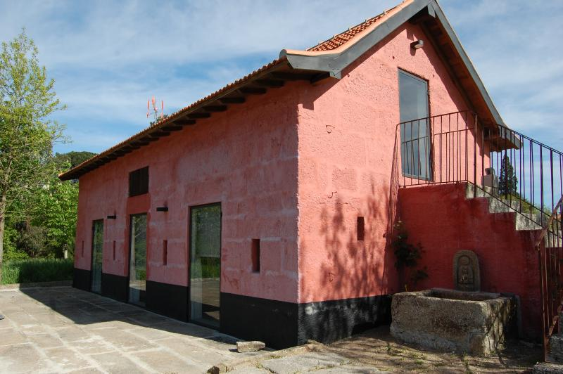 Cottage in a vineyard - 30 km from Oporto - Image 1 - Penafiel - rentals