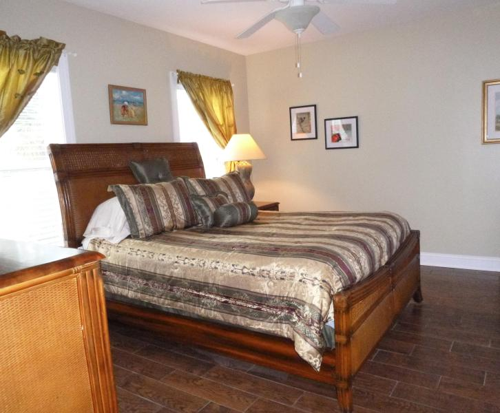 Master bedroom with queen bed - Tybee Island Silver Shores Condo - Tybee Island - rentals