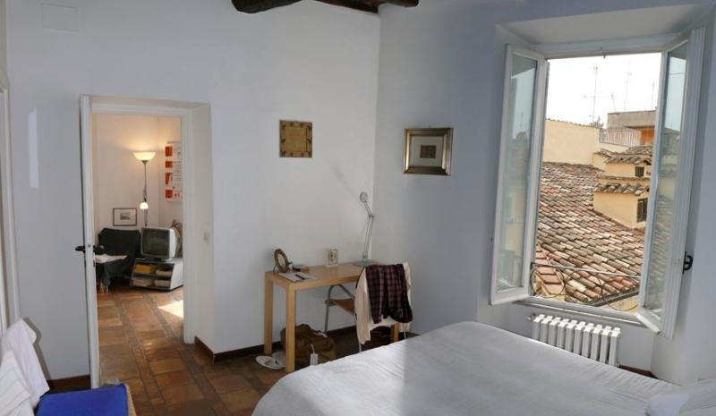 your bedroom on the rooftops - Rome is home: You in the heart of the Eternal City - Rome - rentals