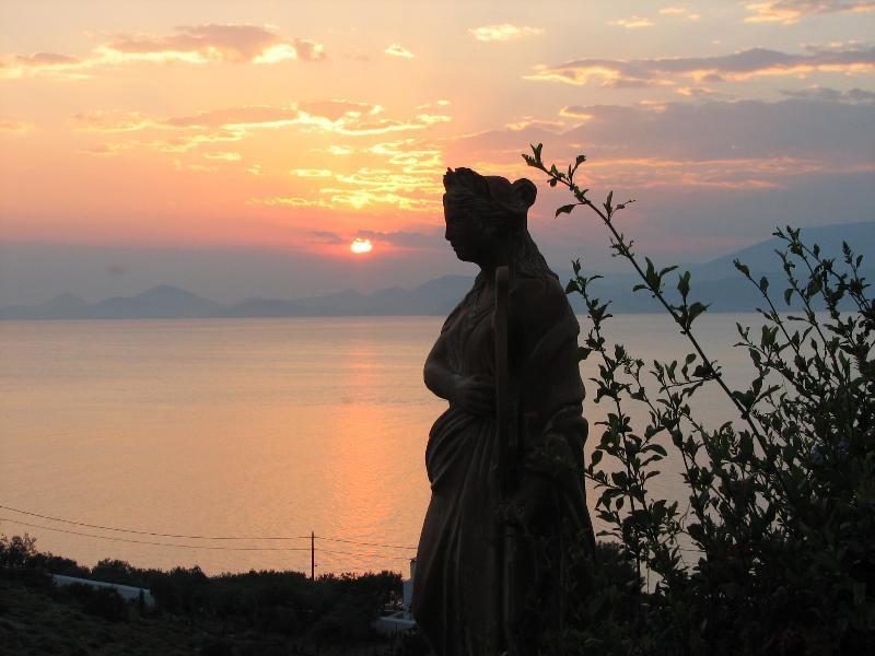 sunset - Very nice stone Villa - Hydra - rentals