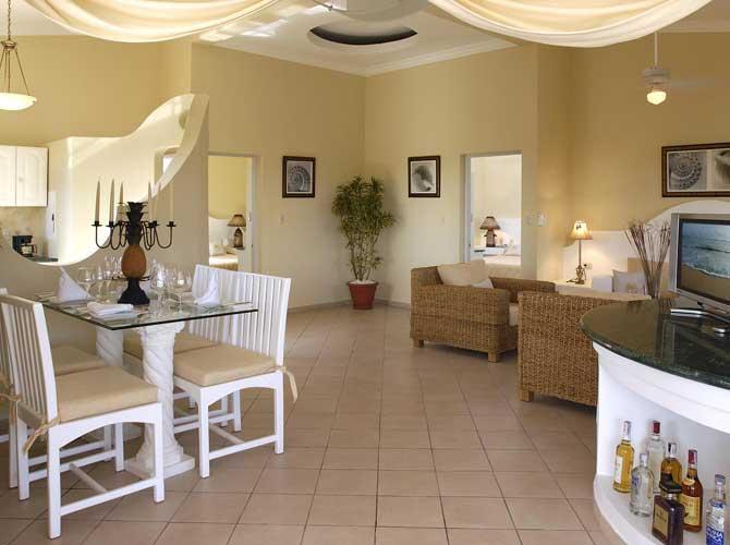 2 Br Charming Crown Penthouse **Gold Bracelet** - Image 1 - Puerto Plata - rentals