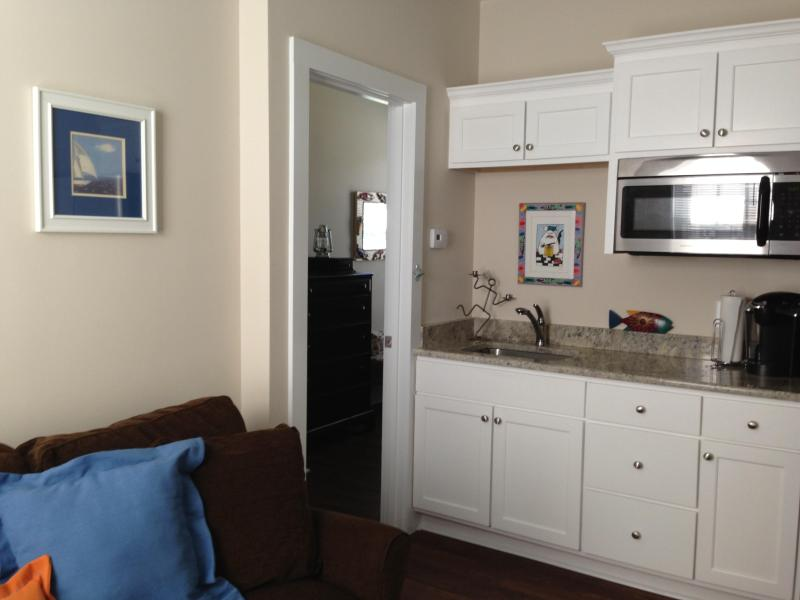 Kithchen/Living Room with view to Bedroom - Ideal Couple's Inlet Retreat!  1 Bedroom/1 Bath - Murrells Inlet - rentals