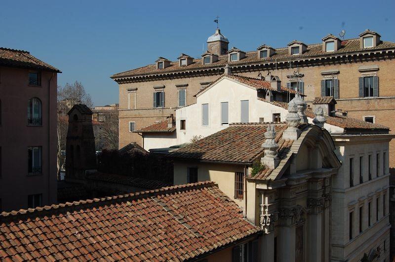 Piazza Navona Large Panoramic Apartment - Image 1 - Rome - rentals