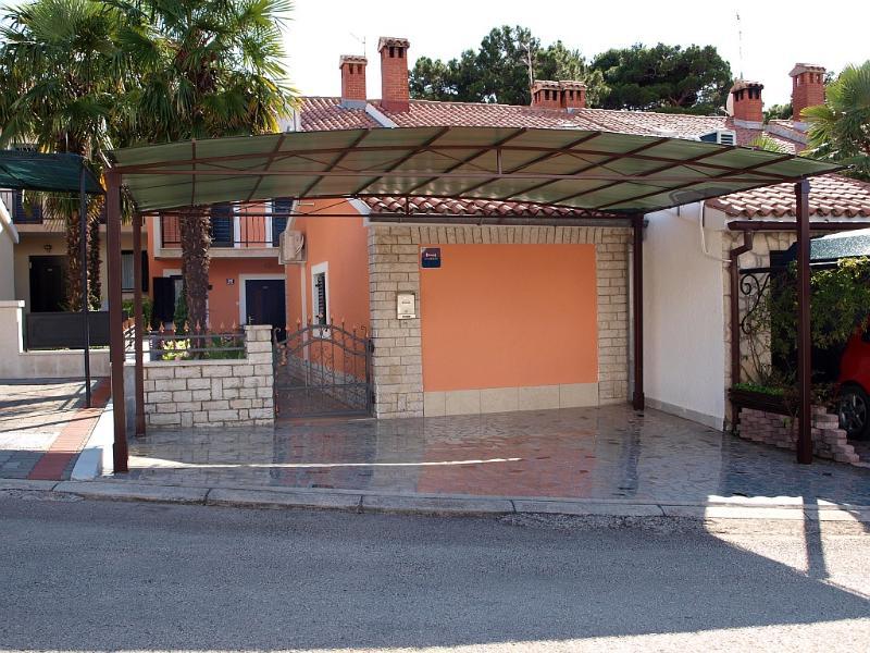 Apartment Marija-Edo Stifanic - Image 1 - Porec - rentals