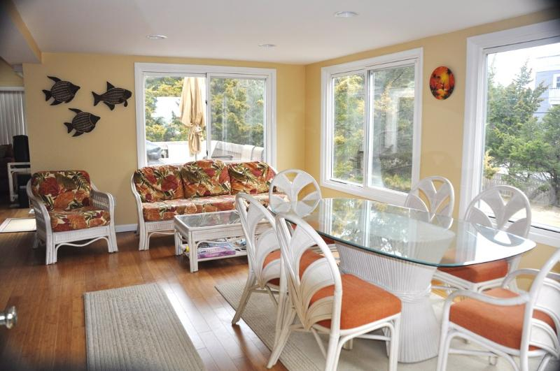 Bright open dining area with great sunsets - Loveladies, LBI:Updated Contemporary, 8th to beach - Long Beach Island - rentals