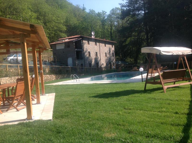 Lookinf across pool to Villa - Beautiful secluded old stone Tuscan Villa - Pescaglia - rentals