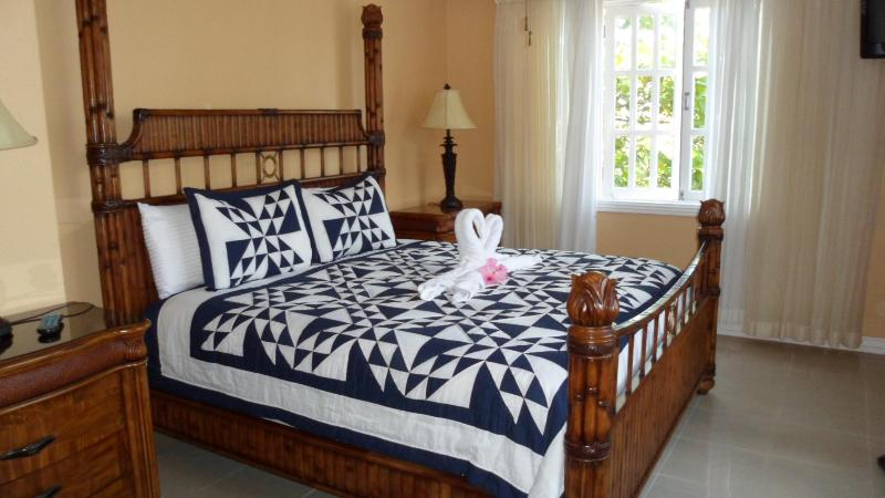 Master bedroom - Tranquility  Cove - Savanna La Mar - rentals