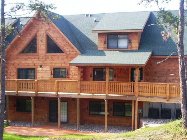 Shaded and Unshaded Porch areas - BALD EAGLE LODGE - Ultimate Big Family Getaway! - Warrens - rentals