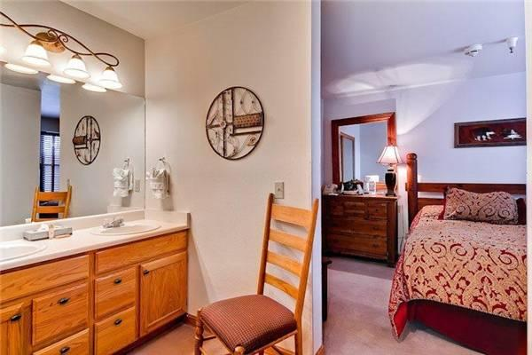 River Mountain Lodge #E105A - Image 1 - Breckenridge - rentals